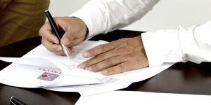 Podjemna pogodba ali pogodba o zaposlitvi?