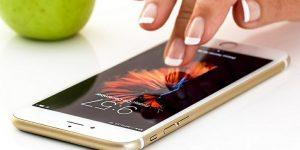 Infografika: Vedenje uporabnikov mobilnih naprav