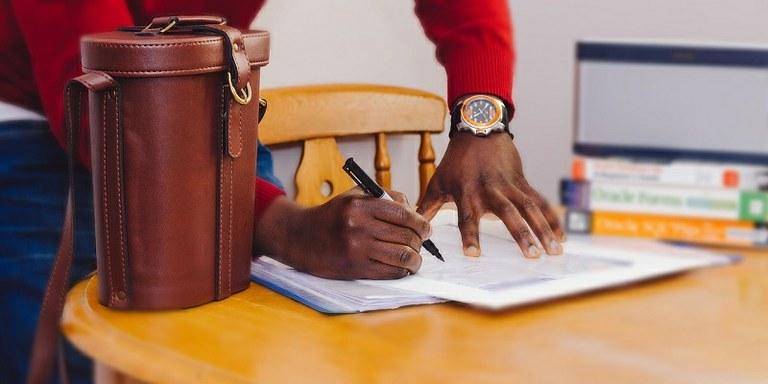 Odgovor strokovnjaka: Kakšna naj bo vsebina splošnih pogojev poslovanja?
