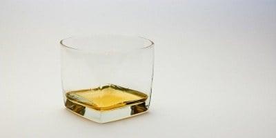 Odgovor strokovnjaka: Pravila oglaševanja alkoholnih in tobačnih izdelkov