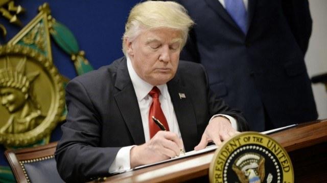 Pravni fokus: Učinki Trumpove prepovedi vstopa v državo