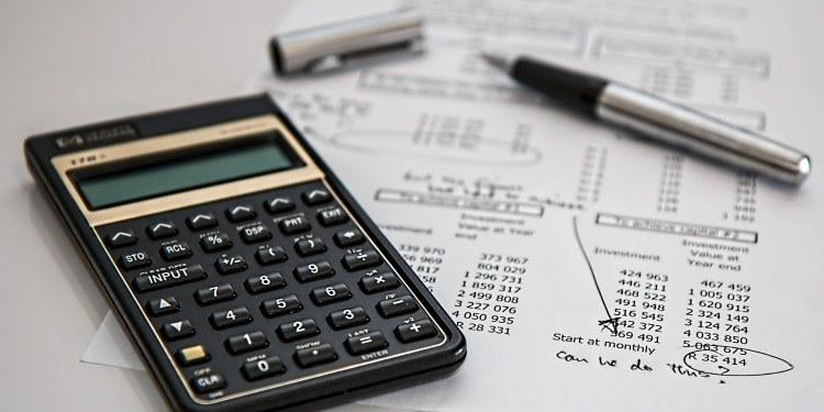 Davčne blagajne: tik pred uvedbo uporaba pod 10 odstotki