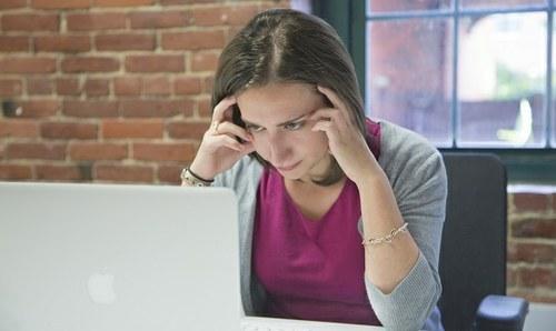Kako upravljati s poplavo e-poštnih sporočil?