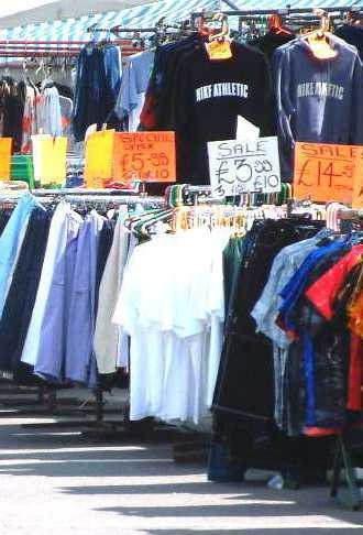 Najbolj prodajan artikel na internetu: obleke