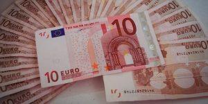 Večjo likvidnost podjetja si lahko zagotovite z odkupom terjatev