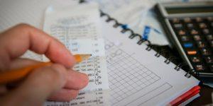 Kakšni so učinki uvedbe davčnih blagajn?