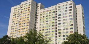 Opravljanje dejavnosti v stanovanju [članek]