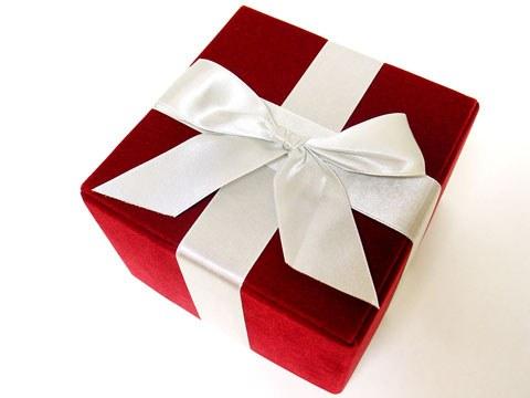 Ste že izbrali darilo za svoje poslovne partnerje?