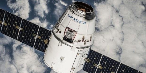 Google investiral milijardo v SpaceX!