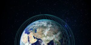 OneWeb bo z 900 sateliti omogočil internet po vsem svetu