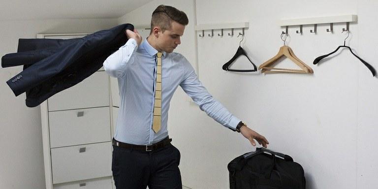 Lesene kravate se na Kickstarterju hitro približujejo svojemu cilju