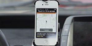 Uber bo prevažal tudi s čolni