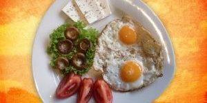 Zajtrk, najpomembnejši obrok franšiznih restavracij?