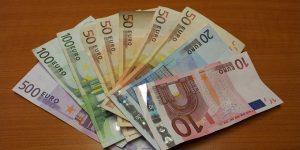 Bruselj ponuja 80 miljard evrov nepovratnih sredstev