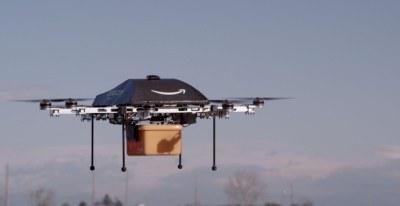Zakaj Amazon produktov ne dostavlja preko brezpilotnih dronov?