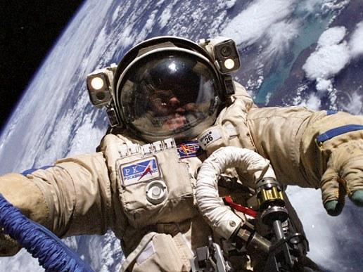 Soustanovitelj Googla gre v vesolje