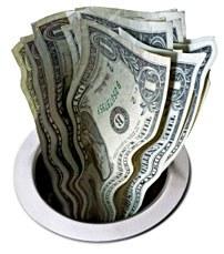Ob 2000 dolarjev dnevno zaradi programerske napake