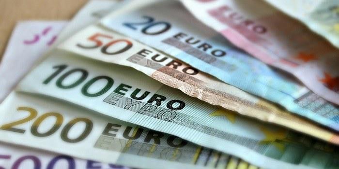 Odgovor strokovnjaka: Kakšne so zakonite in pogodbene zamudne obresti?