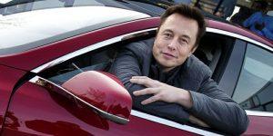 Tesla se bo združila s sestrskim podjetjem SolarCity