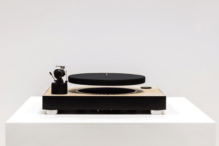 Slovenski gramofon na Kickstarterju zbral več kot pol milijona dolarjev