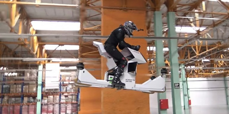 Video: Leteči droni, ki lahko prevažajo ljudi, so že realnost