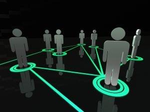 Zakaj potrošniki preko socialnih omrežij sledijo blagovnim znamkam?