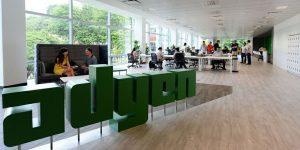 Spoznajte startup, ki omogoča procesiranje plačil znanim startupm