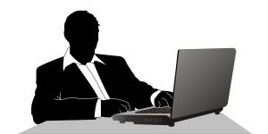 Je prepoved Facebooka na delovnem mestu nespametna poteza?