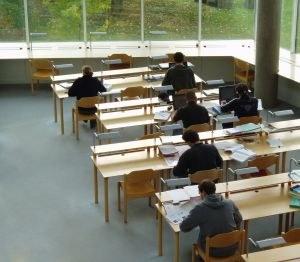 Javni razpis za študente in dijake