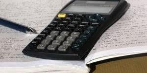 Odgovor strokovnjaka: Kako izstaviti račun sebi?