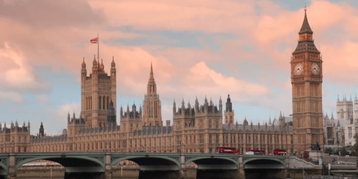 Ruska banka se umika iz Londona. Vzrok – brexit!