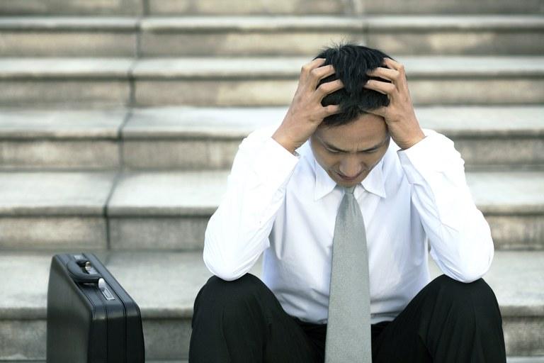"""Kolumna: Uporabljaš naziv """"podjetnik"""" kot izgovor za nezdravo življenje?"""