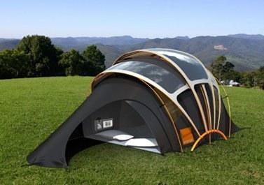 Poslovna priložnost: šotor s sončnimi celicami