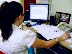 Kako ostati zdravi in produktivni ne da bi zapustili pisalno mizo