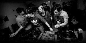 NUKD – povezovalci akterjev elektronske glasbe