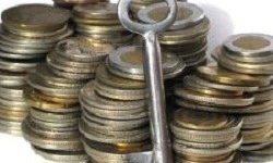 Po novem davek na finančne storitve in neobvezno članstvo v OZS