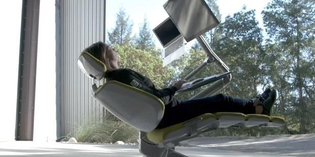 Video: Ta inovativna delovna postaja bo rešila vaše zdravje