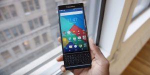BlackBerry v prihodnjem letu z novim pametnim telefonom