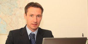 MP intervju: Podjetniki naj vzamejo poslovanje v svoje roke
