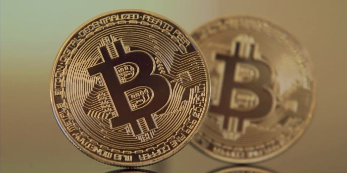 Bitcoin, kriptovalute