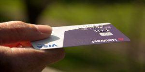 Kako naj podjetje izterja terjatev od dolžnika?