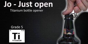 Nova slovenska Kickstarter kampanja: odpirač steklenic Jo
