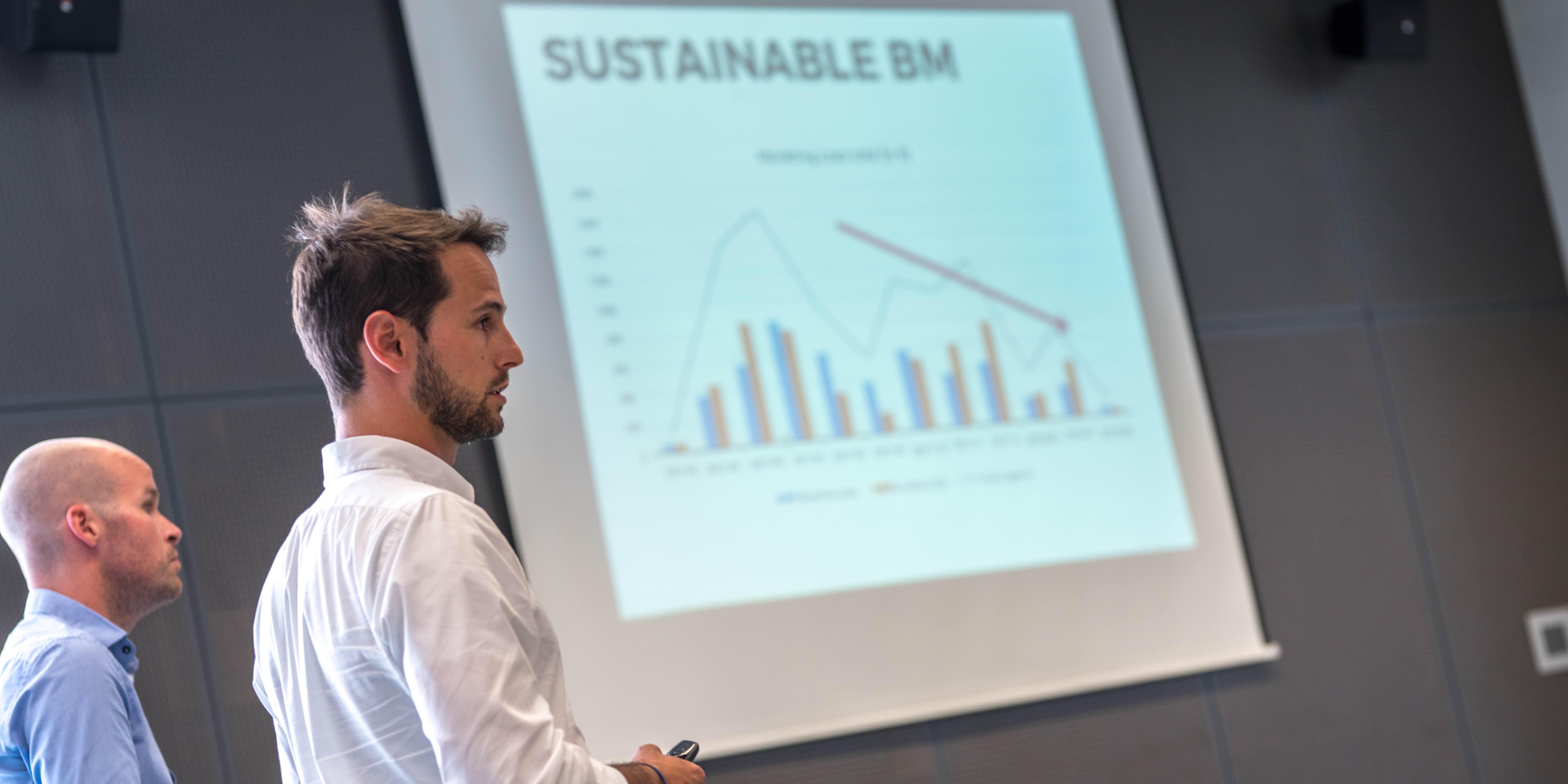 slovenski-start-up-leta-predstavitev