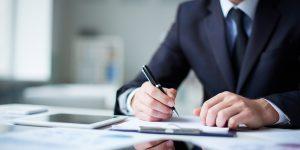 Računovodja v podjetju – da ali ne?