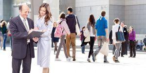 6 ukrepov na področju ravnanja s starejšimi zaposlenimi