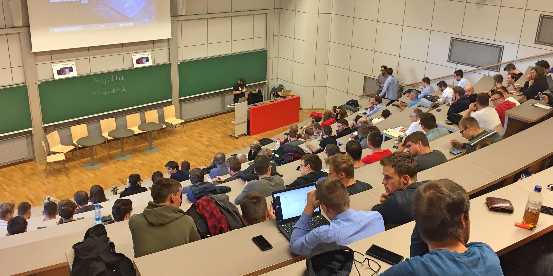 konferenca-ai4good-predavalnica