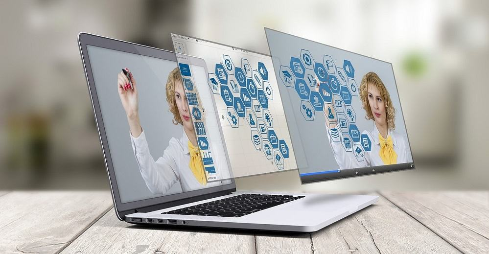 Spletna stran bo povečala prepoznavnost vašega podjetja (Vir: Pixabay)