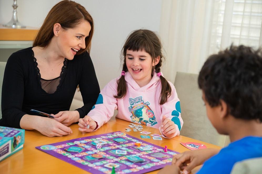Namizne igre Value Add Games so zanimive tako za otroke kot za odrasle (vir: osebni arhiv)
