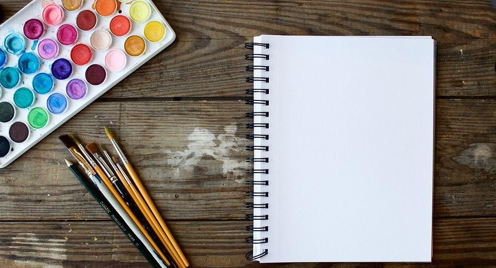 Pravilna uporaba barv v pisarni za boljše delovne učinke (Vir: Pixabay)