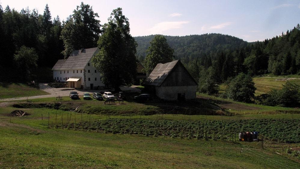 Kmetija, na kateri je Valerija vzpostavila ekološko kmetijstvo in turizem (Vir: osebni arhiv)